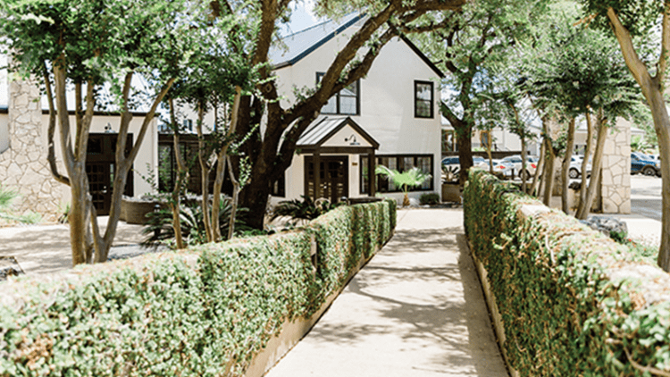 SHALE Lifestyle Article May 2019 - Hillside Boutique Hotel